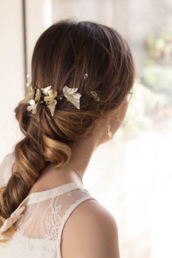 tocado boda hojas doradas